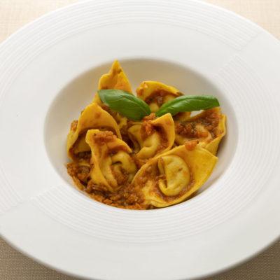 Raviolo Mugellano al sugo finto Fisso 400x400 - Olio Restaurant